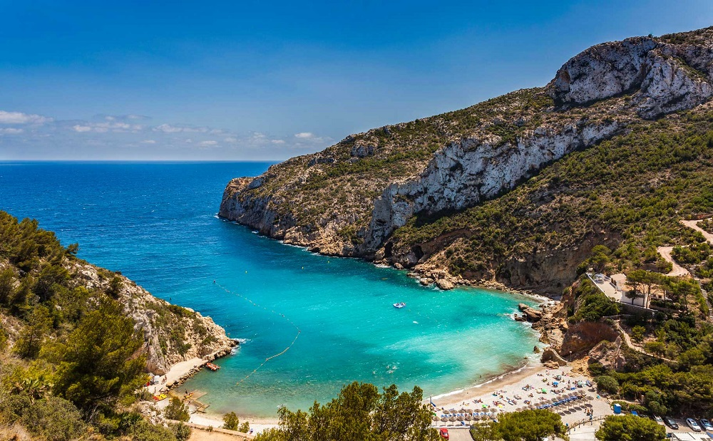 Top 9 best beaches in Alicante Spain